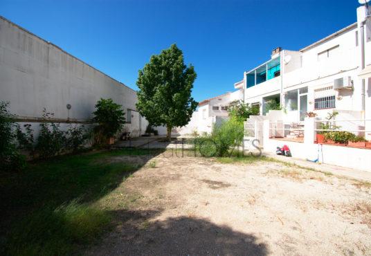 Casa adosada en Ondara cercana al centro comercial_patio interior