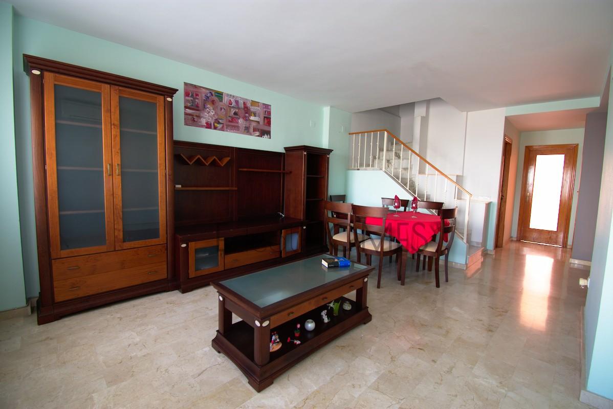 Casa adosada en Ondara cercana al centro comercial_comedor-salón