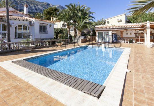 Villa en Denia Montgó_piscina