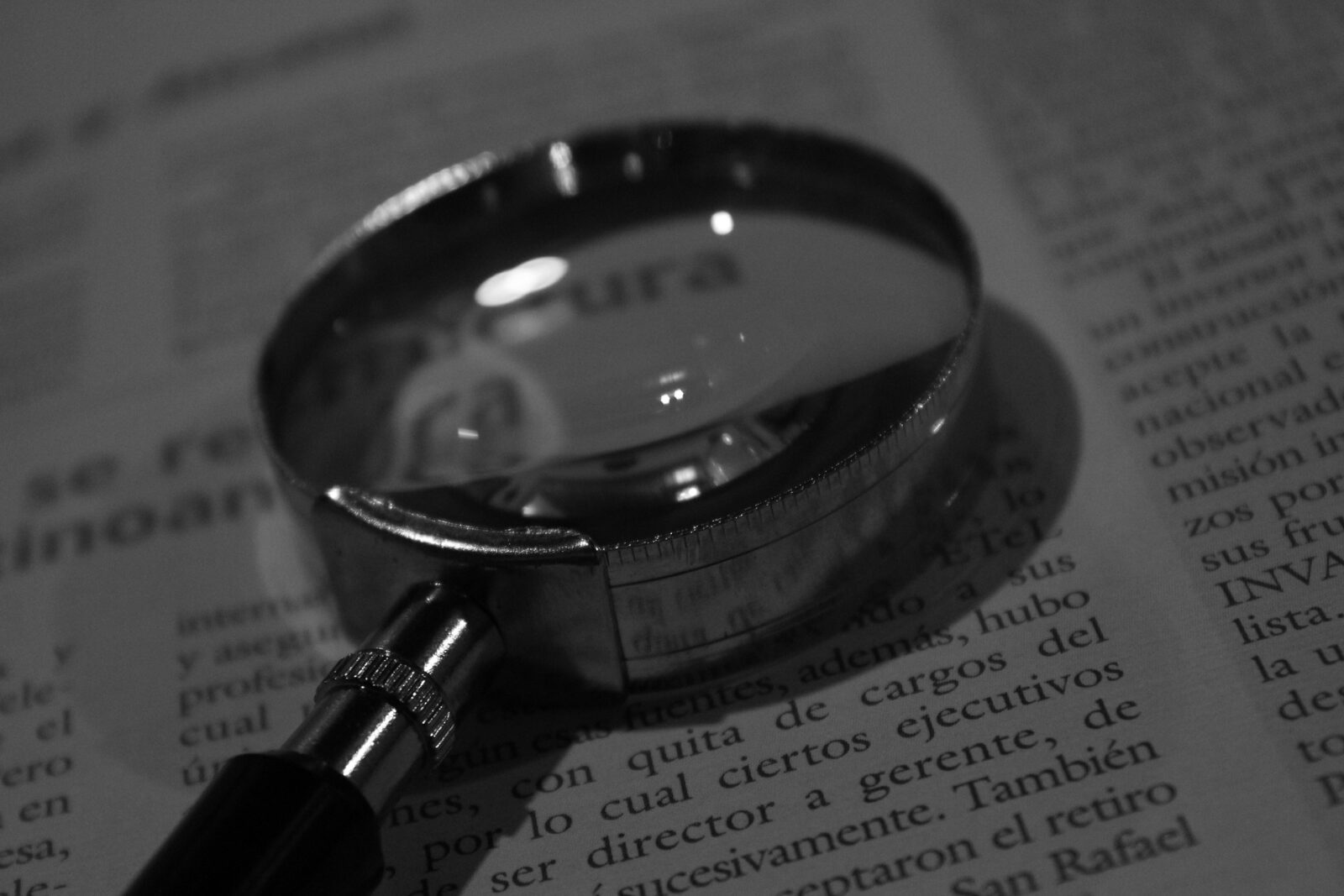 magnifying glass 975633 1920 1 1