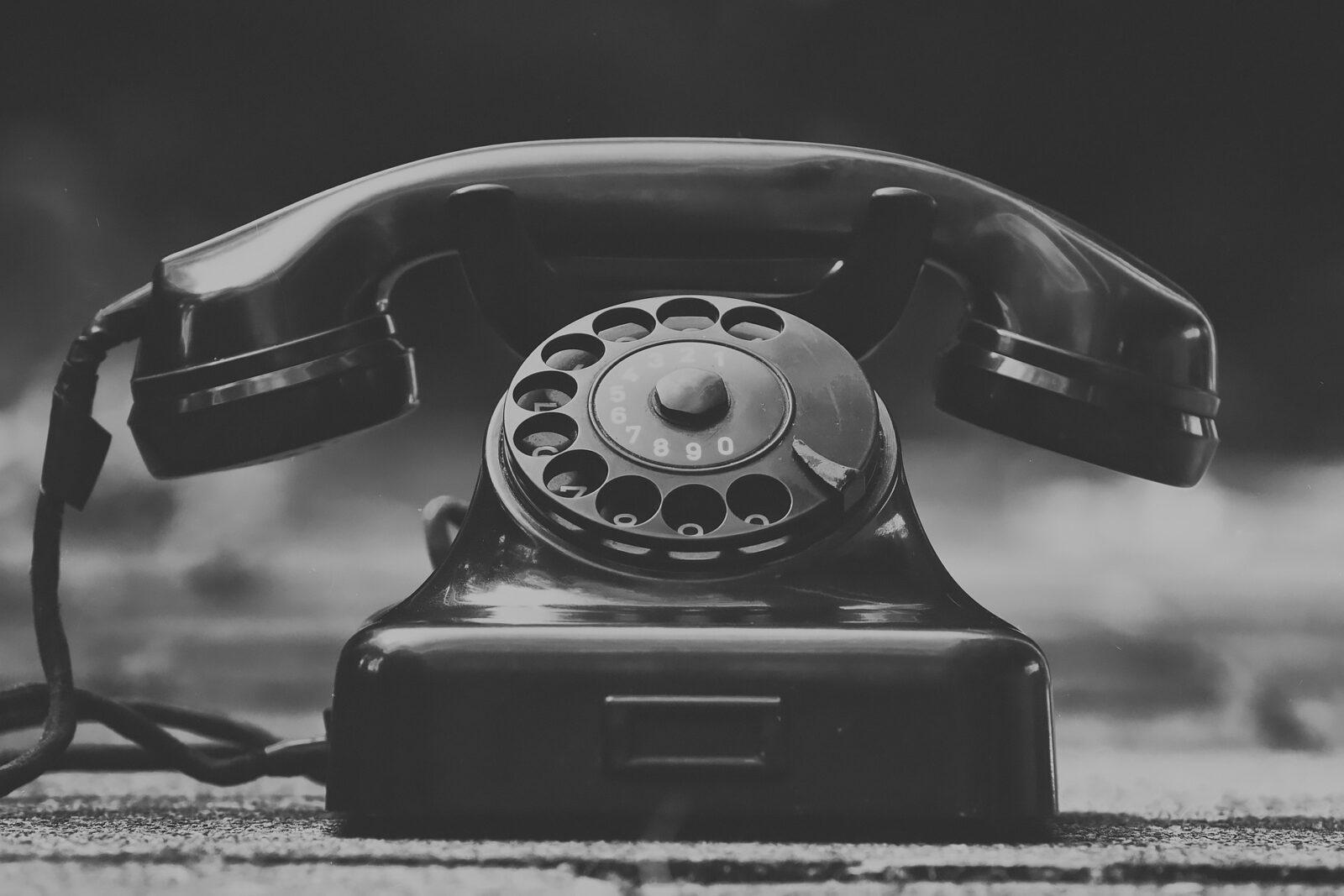 phone 3594206 1920
