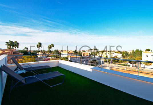Adosados de obra nueva Dénia_terraza solarium