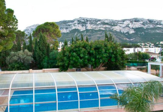 Apartamento a la venta en denia_vistas a montgo y piscinacubierta