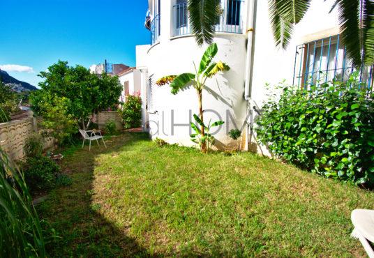 Casa a la venta en Denia_jardin privado