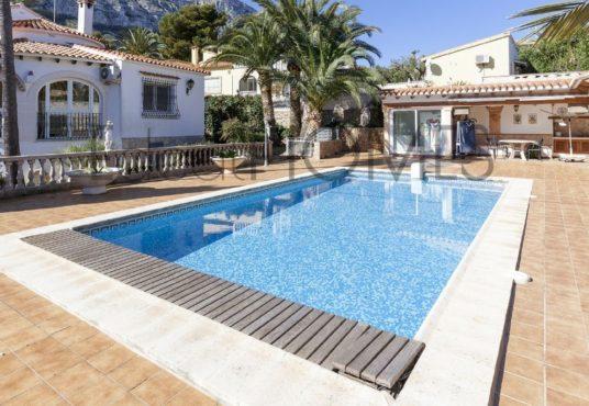 Villa in Denia Montgo_pool