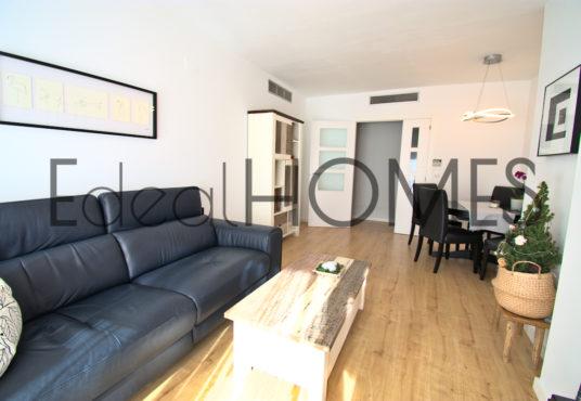 Apartamento en Dénia con vistas a la montaña salon