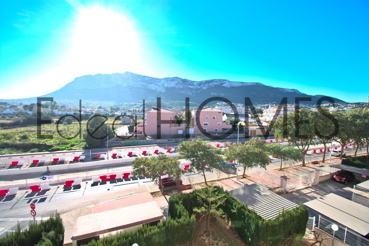 Apartamento en Dénia con vistas a la montaña vistas